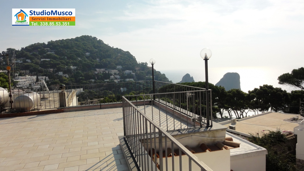 cerca Capri  APPARTAMENTO VENDITA