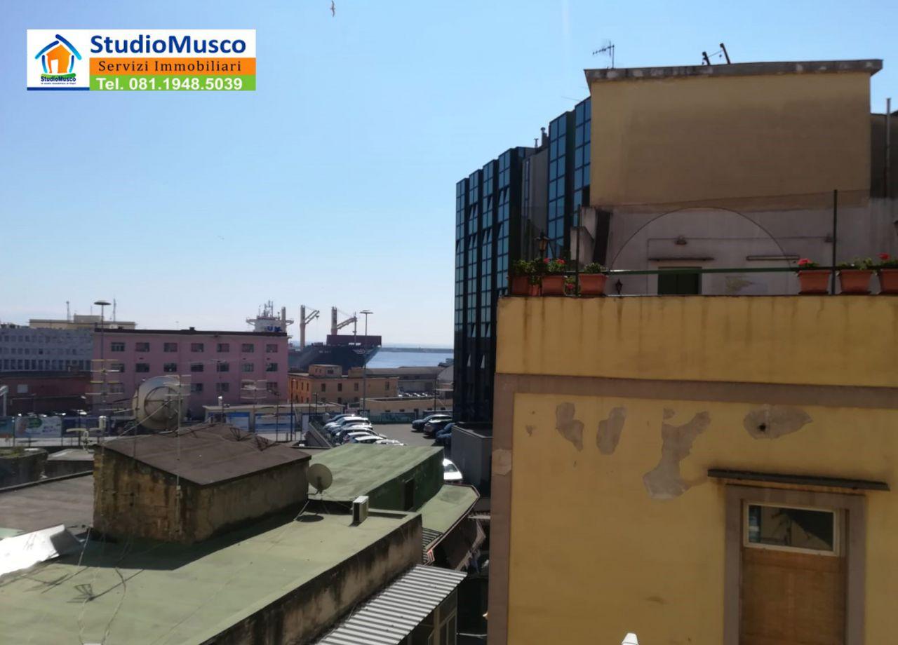 cerca Napoli  Mercato / Pendino APPARTAMENTO VENDITA